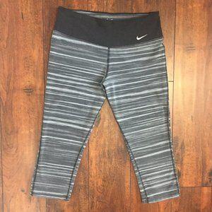 Nike DRI-FIT Activewear Capri Leggings
